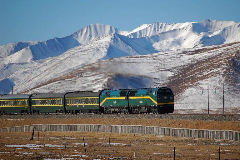 A diesel locomotive in Tibet